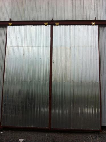 Ворота откатные на ангаре Батайск